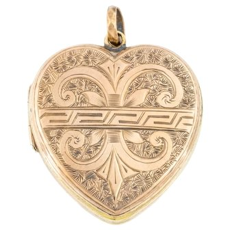 Antique 9ct Gold Heart Locket