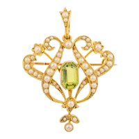 Antique 15ct Gold Peridot and Pearl Pendant, with Box
