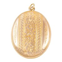 Victorian 15ct Gold Engraved Locket