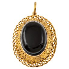 Victorian 15ct Gold Banded Agate Mourning Pendant