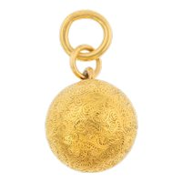 15ct Gold Victorian Engraved Orb Pendant