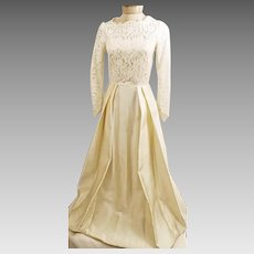 60's Wedding Gown Ivory with Lace Embroidered Train Size 8