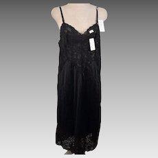 Vintage Vanity Fair Antron III Tricot Black Full Slip Size 34