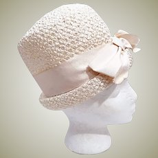 Vintage 60's  White PillBox Hat with Grosgrain Ribbon Bow