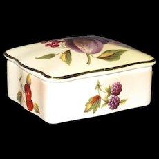 Petite Trinket Box Royal Worcester/Palissy, Fruit Decoration