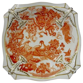 Royal Crown Derby Pedestal Sweetmeat Dish, Red Aves Pattern