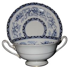 Exquisite Shelley Blue Heron Bouillon Cup/Underplate Set (1 of 2)