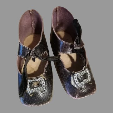 Large Early Bru style heeled shoes, 1880's