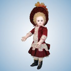 Stunning early premiere jumeau Portrait size 3  (Deluxe) , first period  from Jumeau