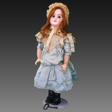 Very Rare Jumeau mechanical automaton doll , 1908 , marked DEP TETE JUMEAU, high 60 cm