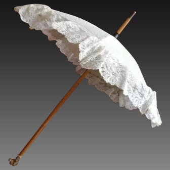 "Very unusual  covered lace Jumeau parasol, 17"", all original in mint conditions!"