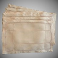 Vintage Set of 6 Peach Cocktail Size Linen Napkins