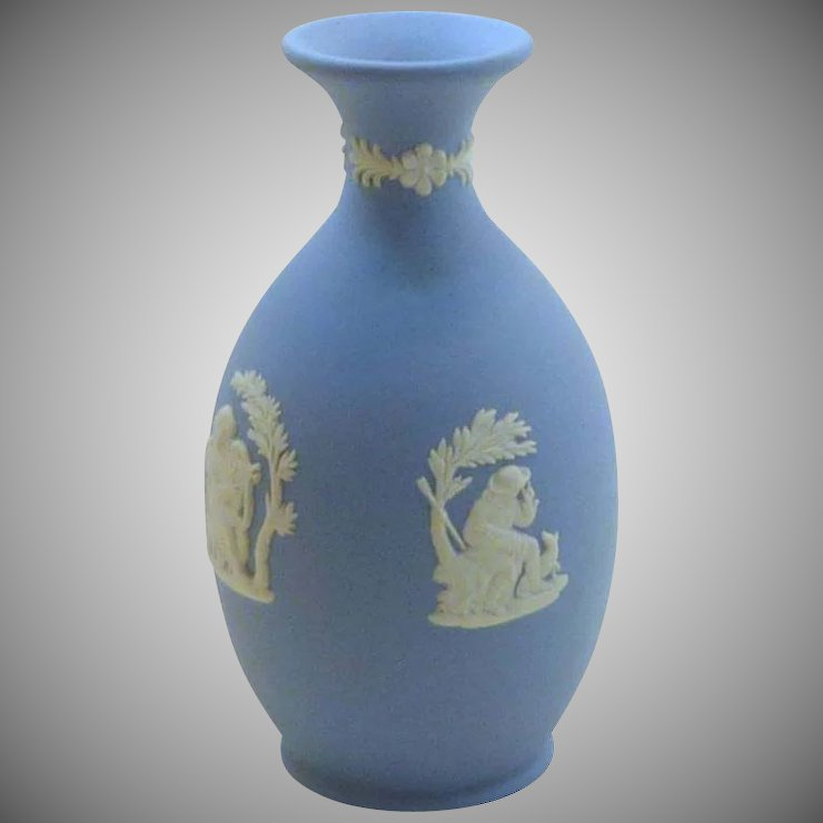 Blue Wedgwood Small Urn Vase Rare Finds Ruby Lane