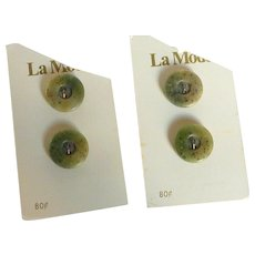 4  La Mode France  Green Buttons