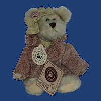 Daisey Bloomengrows Boyd's Bear