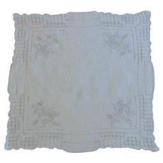 Detailed Pull Work White Hankie Handkerchief