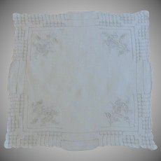 Detailed Pull Work White Hankie Handkerchief