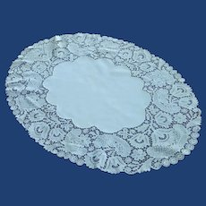 Vintage Oval Cotton Doily with Beautiful Lace