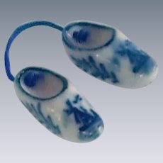 Souvenir Miniature Solvang Ceramic Pair of Clog Shoes