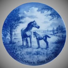 Mother's Day Collector Plate 1971 Mare and Colt
