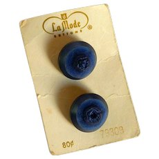 La Mode Two Navy Plastic Shank Buttons from Ireland