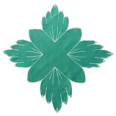 Very Different Green Shaped Leaf / Cross Handkerchief