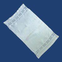 Inlay Lace Diamond Pattern White Hand Towel