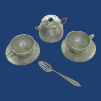 Plain Tin Child Tea Cups and Tea Pot  1930's