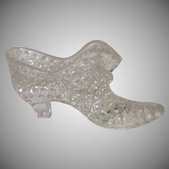 Hobnail Clear Glass Slipper Shoe with Cat