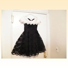 Vintage..CACHET Black Lace Dress With White Lace Cape Collar..Circle Skirt..Lined