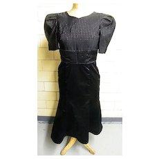 1960's ..Black Silk Satin & Faille DRESS..Designer Quality..Excellent Condition!..Taffeta Lined