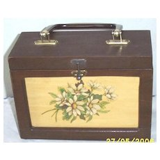 Vintage.. Wood Lunch Box Shaped Purse With Daisy Spray Decoupage..Brown Pearlized Lucite Handle