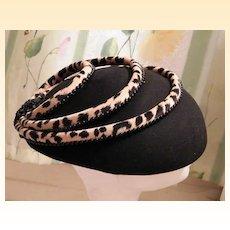 Vintage STRIKING Black Felt Hat With Leopard Trim..