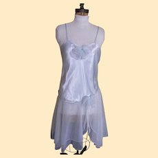 Val Mode Ballerina Style Night Gown In Nylon Chiffon and Satin Bodice..Roomy Size Medium..Excellent Condition!
