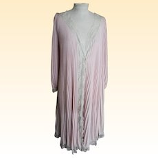 """Elegant Light Weight Silky Accordian / Knife Pleated Robe / Gown With Lace Trim..Designer..Medium /49""""Large"""