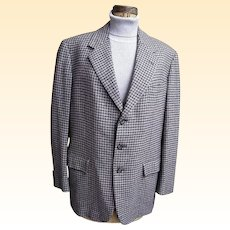 Men's Cashmere Sports Jacket..Grey / Wine Check..Hickey Freeman Customized Clothes....1960's - 70's..