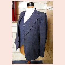 1960's Men's 3 piece Wool Chambray Check Suit From Woodward's Mens Shops..Size 38R..
