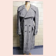1960's Men's DK Navy Glen Plaid Belted Coat & Deep Buttoned Kick Pleat..ALEXANDER'S Dept. Store..Size 44-R
