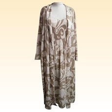 Designer...Nightgown Set...Mary Mcfadden...Beige Damask Op-Art Print..S/M..Excellent Condition!