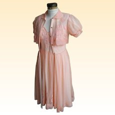 Dreamy Peach 1960's Peignoir Nightgown and Robe Set..Nylon Chiffon And Appliqued Flowers Excellent Condition!..Small
