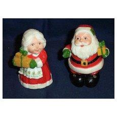 Mr. & Mrs. Santa  Pepper And Salt Shakers By Hallmark Cards