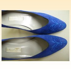 """Vintage Bright Blue Suede Shoes..3"""" Heels..PALOMA Italy..Embroidered..7.5 N..Worn Once!"""