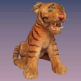 Rare Steiff 1959-1961 Bengal Tiger with Glass Eyes and Wooden Teeth
