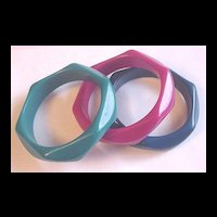 Vintage Plastic Bangle Bracelet Set