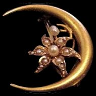 14KT Gold and Pearls Honeymoon Pin