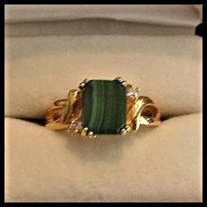 Green Glass Vintage Ring