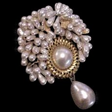 France Glass Faux Pearls Pin