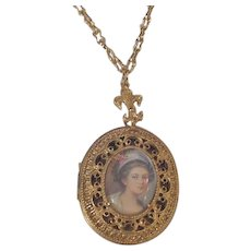 Portrait Locket Florenza