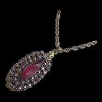 Red Rhinestone Pendant Necklace