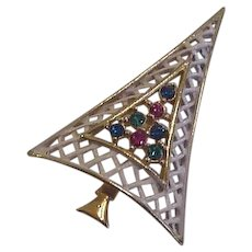 Mid Century Christmas Tree Pin